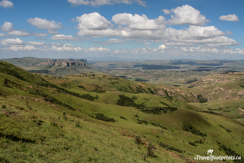 beautiful central drakensberg mountains