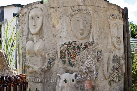 cement-sculptures-people-faces-nieu-bethesda-owl-house-south-africa