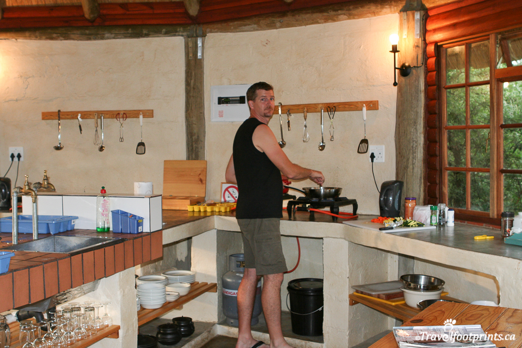 self catering kitchen at the inkosana backpackers