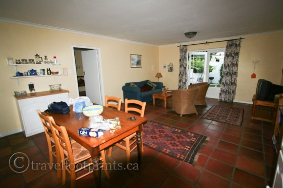 Sunny-Lane-suite-accommodation-franschhoek-wine-lands-south-africa