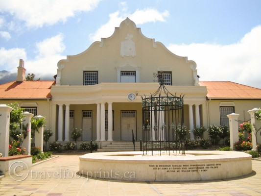 Cape-Dutch-Style-architecture-building-Franschhoek-winelands-south-africa