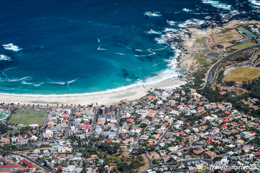 View-of-cape-town-and-ocean-from-table-mountain