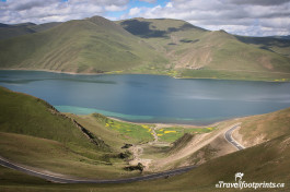 The Stunning And Sacred Yamdrok Tso