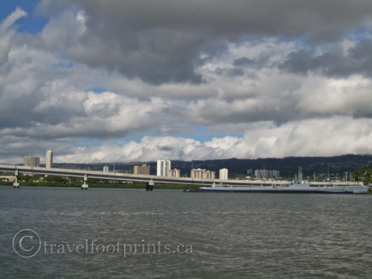 pearl-harbour-causeway-submarine-uss-bowfin-oahu