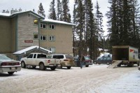 moving-lake-louise-staff-residence-vic-manor-fairmont-chateau-hotel