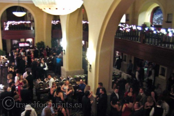 living-lake-louise-staff-christmas-ballroom-gala-buffet