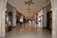 Banff-springs-hotel-interior-corridor-columns