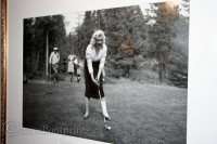 Marilyn-Monroe-Banff-Springs-Hotel-photo-golfing