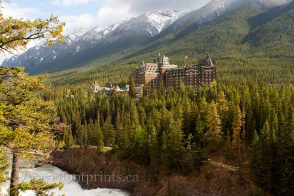 surprise-corner-view-banff-springs-hotel-mountains-trees-river