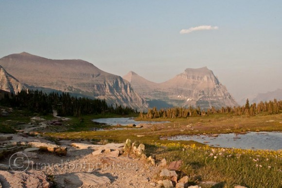 mountain-views-hidden-lake-hike-glacier-national-park-montana