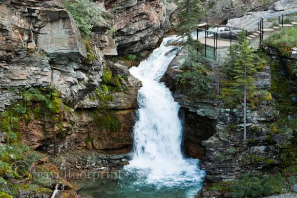 waterton-lakes-national-park-blackiston-falls-red-rock-canyon