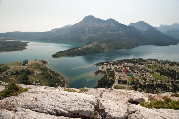 waterton-national-park-view-bear-hump-village-town-rocks-mountains