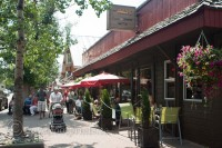 waterton-village-national-park-shops-restaurants