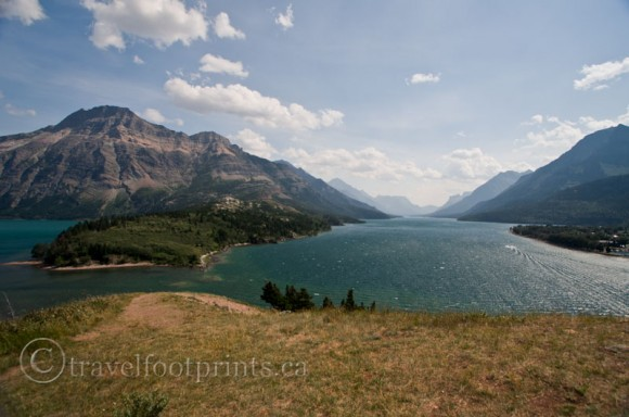 waterton-lakes-national-park-view-mountain