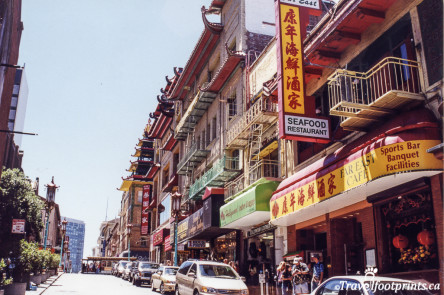 Chinatown shops and cafes in Sanfrancisco