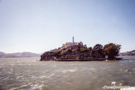 Alcatraz Island Sanfrancisco tourist attraction