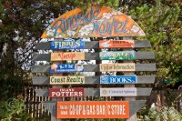 hornby-island-ring-side-market-sign