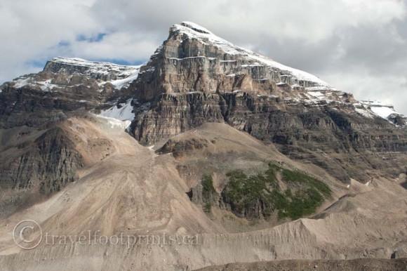 lake-louise-plain-six-glaciers-mountain-view-pattern-rock