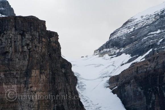 lake-louise-plain-six-glaciers-abbots-pass-hut-close-up