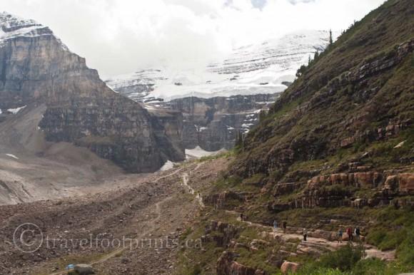 plain-six-glaciers-tea-house-trail-mountains