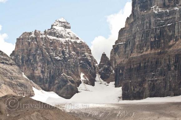 lake-louise-plain-six-glaciers-close-up-jagged-mountains