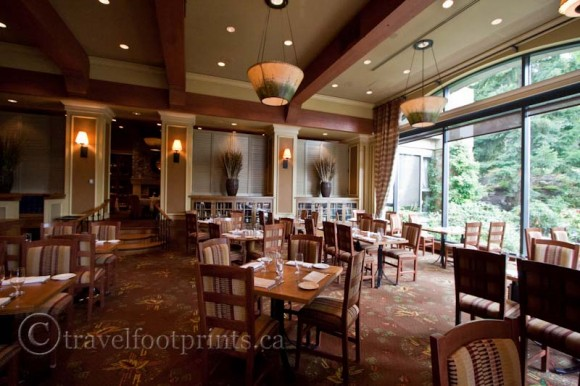fairmont-chateau-whistler-hotel-wildflower-restaurant-seating-dining-windows