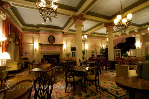 victoria-fairmont-empress-hotel-afternoon-tea-lobby-fireplace-victorian