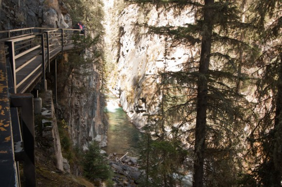 Johnston-canyon-catwalk-over-river
