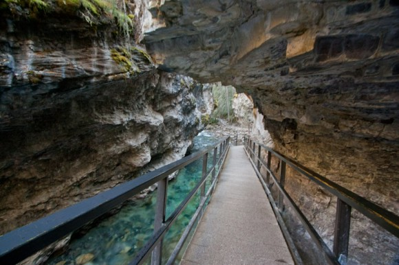 johnston-canyon-walk-through-carved-cliffside