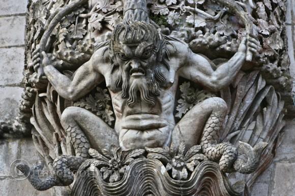 gargoyle-decoration-castle-pena-palace-sintra-portugal
