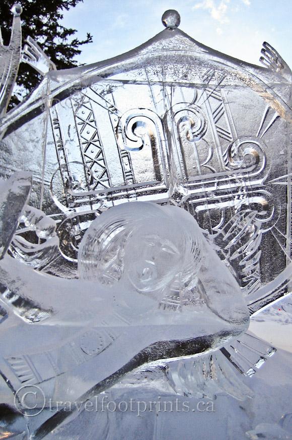 lake-louise-ice-magic-festival-ice sculpture