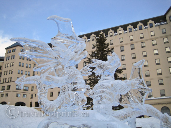 lake-louise-ice-magic-festival-sculpture-fairmont-chateau-hotel