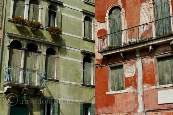 colorful-buildings-window-boxes-flowers-balcony-venice-italy