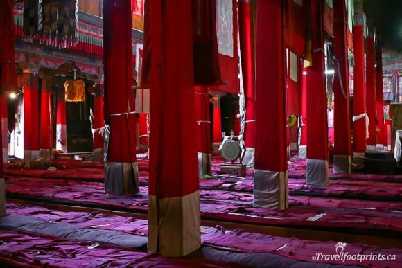 assembly-hall-sera-monastery-red-columns-floor-mats-lhasa-tibet
