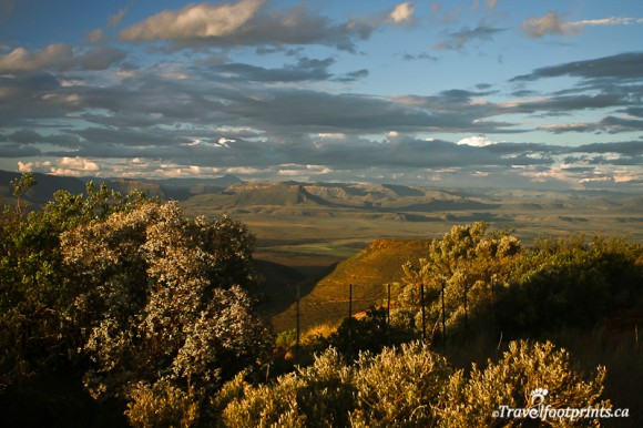 valley-of-desolation-mountains-plains-cambedoo-south-africa-landscape