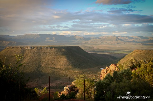 valley-of-desolation-mountains-plains-cambedoo-south-africa-sunset