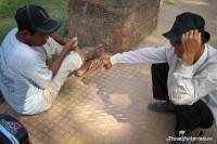 Tic Tac Toe Khmer Style