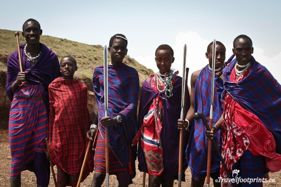 ngorongoro-crater-young-maasai-men-colorful-shuka-staff-wooden-spear-african-culture-tanzania