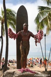 duke-statue-kuhio-beach-waikiki-oahu-web-cam-surfer-ocean-sand-hawaii