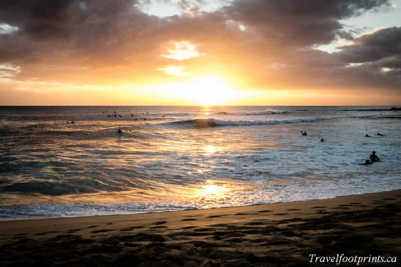 oahu-beautiful-sunset-orange-yellow-beach-surf-waves